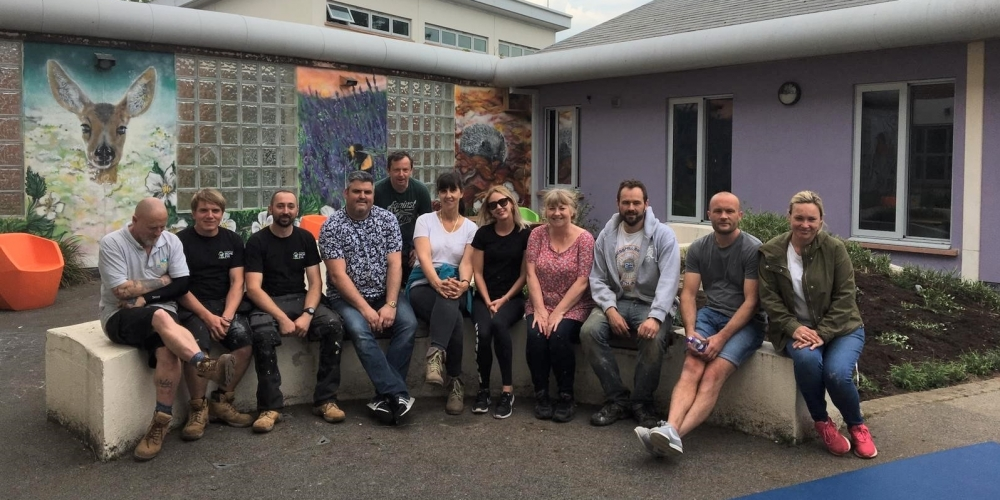 Saxon Weald creates therapy garden for Langley Green Hospital